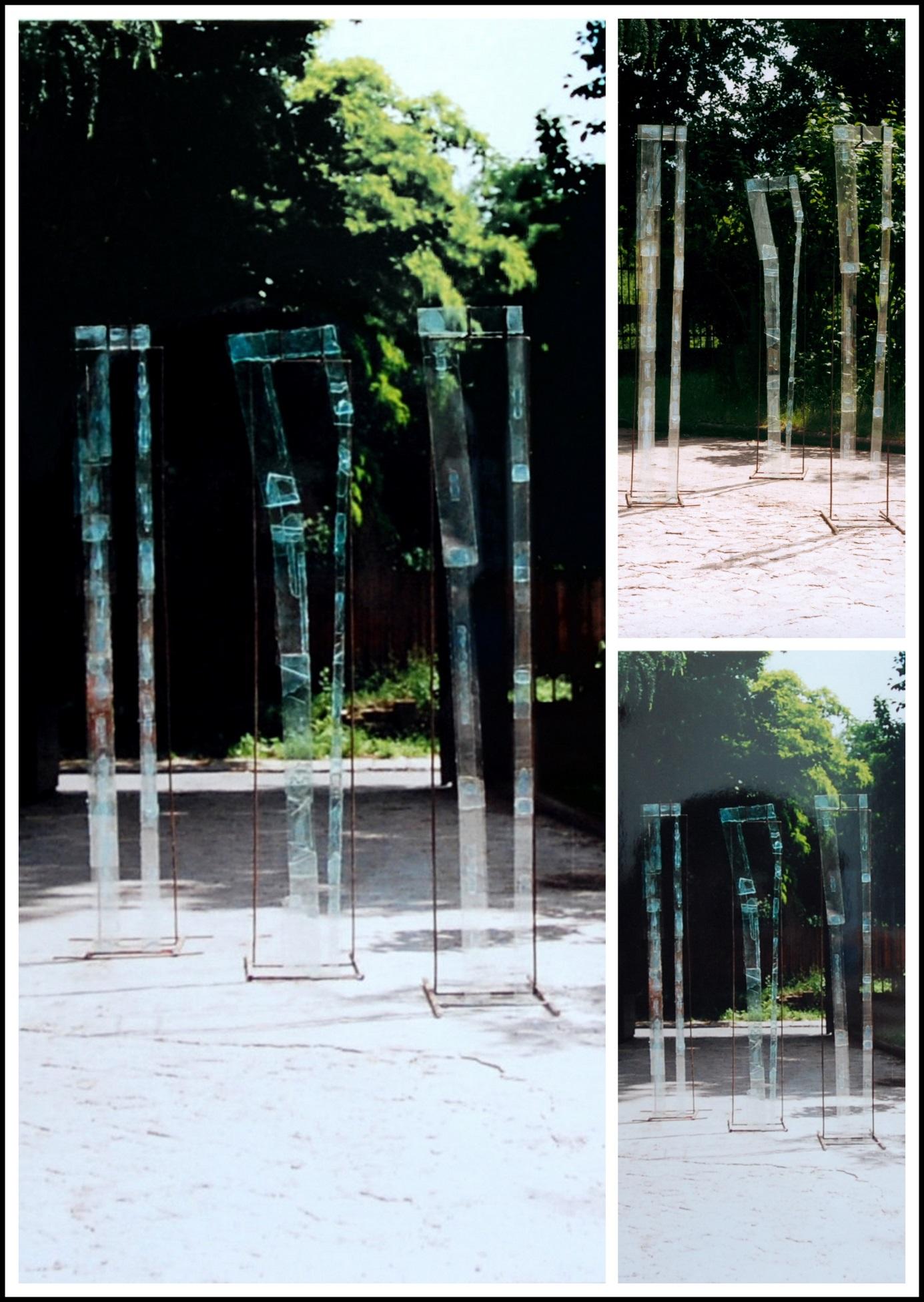 Kreacja postaci - instalacja (wys. 220cm, szkło, metal), 1995